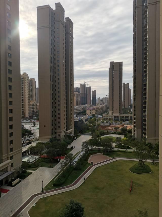 世茂云城二期3室2厅2卫103平方2000元/月