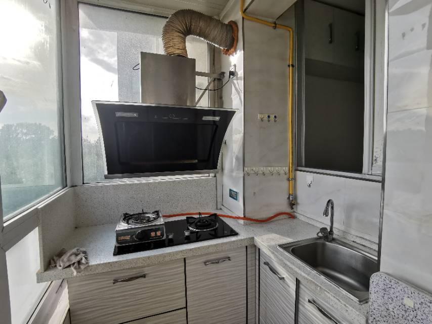 成涛绿锦国际2室1厅1卫60平方1500元/月