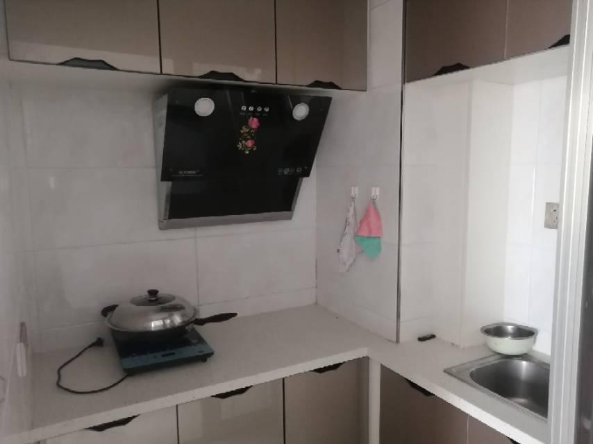 昊源·杰仕尚都(高格蓝郡)1室1厅1卫40平方1350元/月