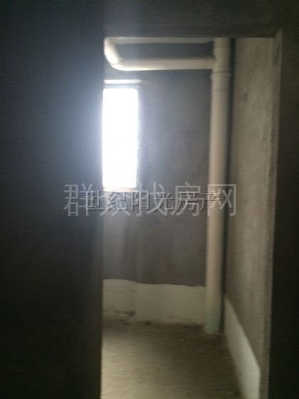 蓝海国际3室1厅2卫128平方39万