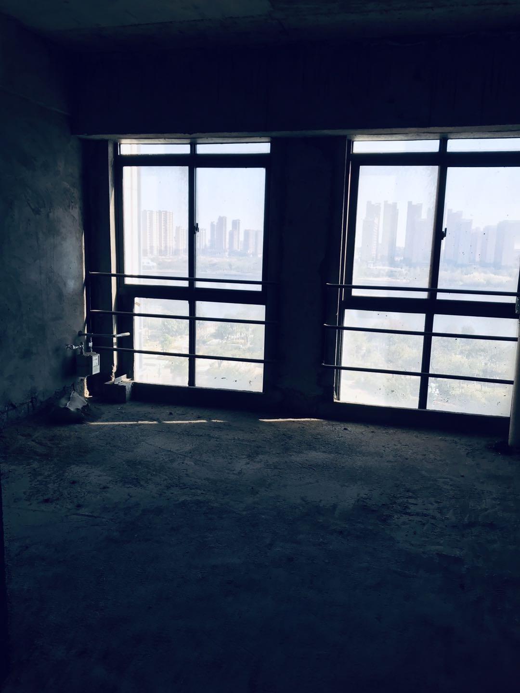 德惠大厦3室2厅2卫56.72平方42万