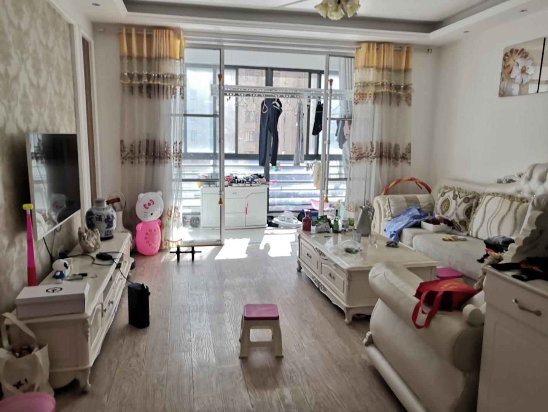 广弘城国际社区3室2厅1卫126.69平方108.00万