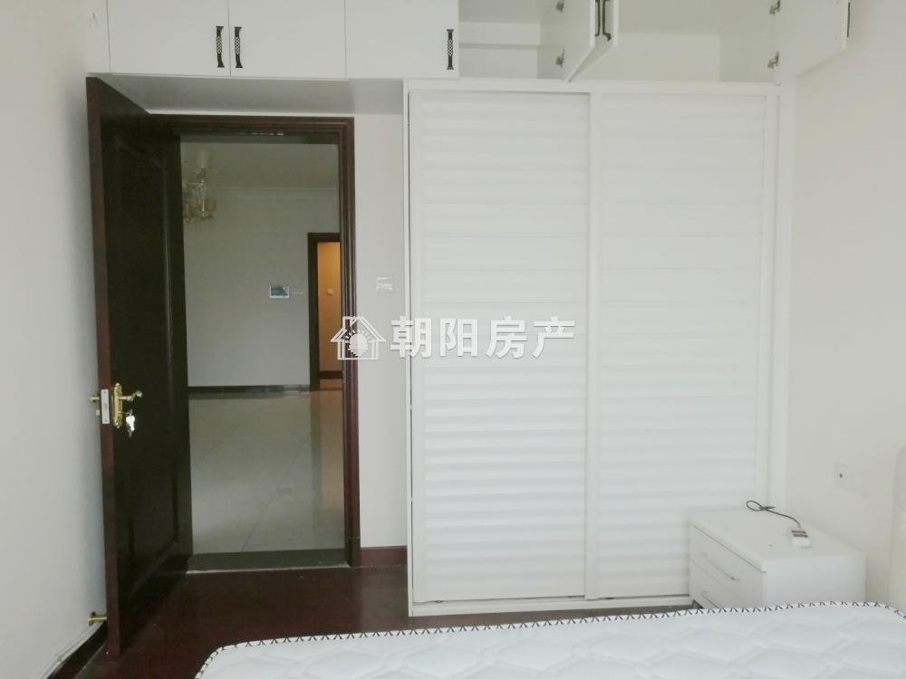 恒大绿洲2室2厅1卫84.11平方1500元/月