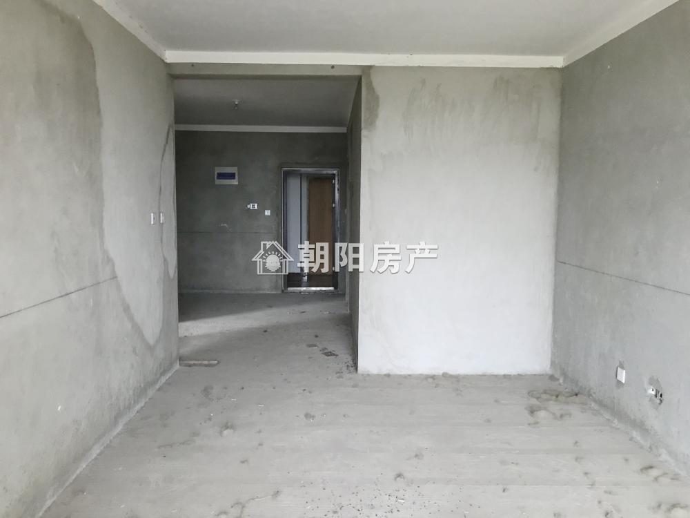 泉山湖香颂小镇N区3室2厅1卫92.85平方66.00万
