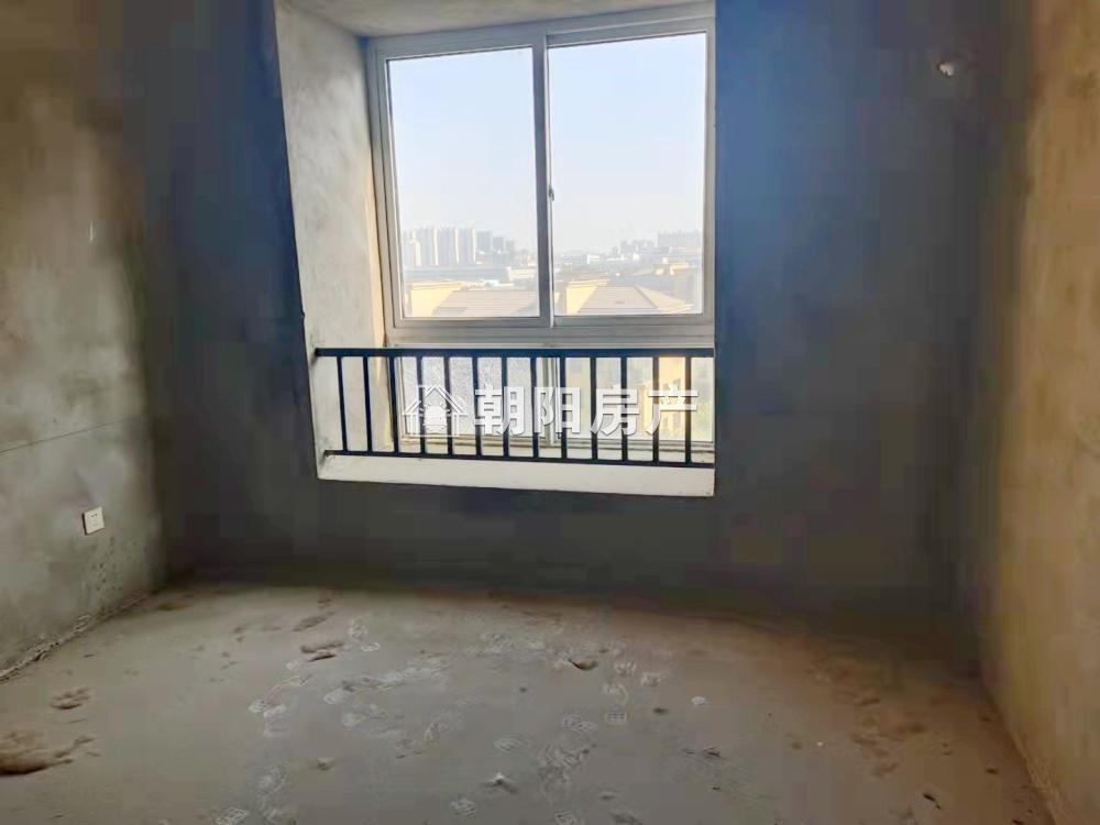东城国际3室2厅1卫94.75平方52万