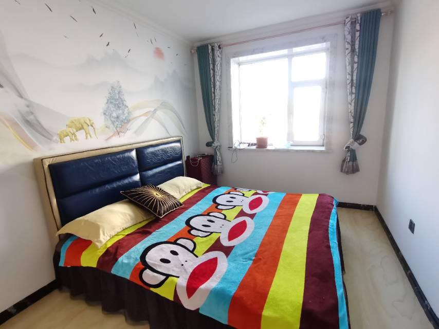 互助街38号(绿园区干部宿舍)2室2厅1卫87.45平方1600元/月