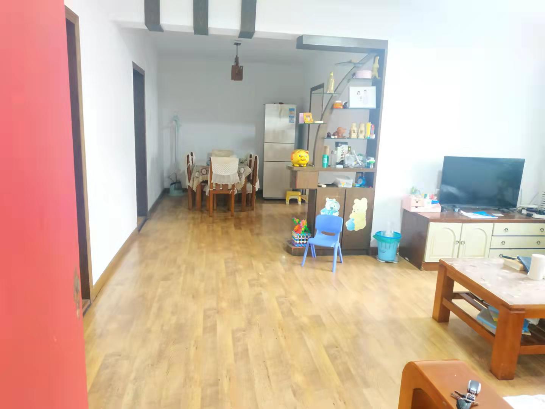 柏园南村一期3室2厅1卫102.50平方47.00万