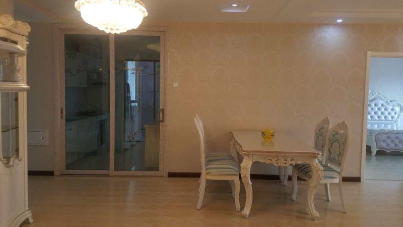 御翠豪庭尚府(御翠豪庭二期)3室2厅2卫155平方8000元/月