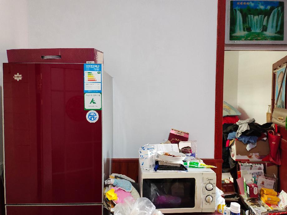 小井南村3室1厅1卫60平方12万