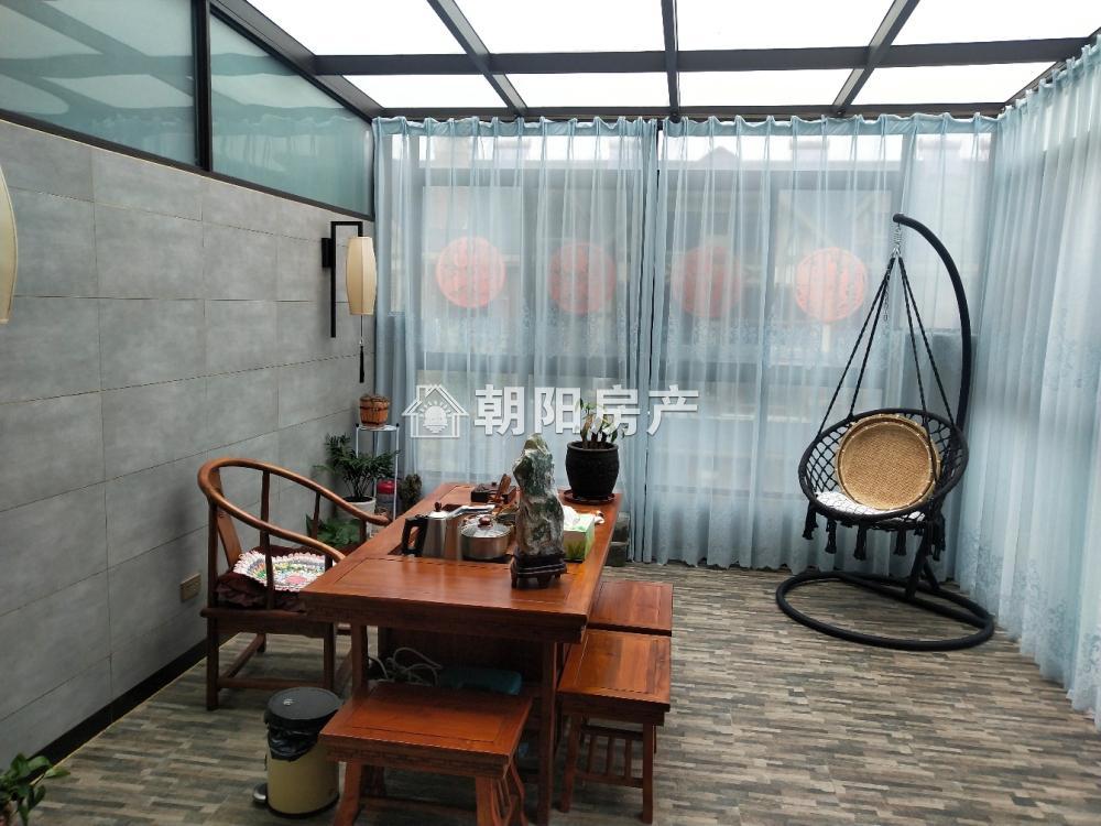 泉山湖龙湾4室3厅2卫160.00平方280.00万