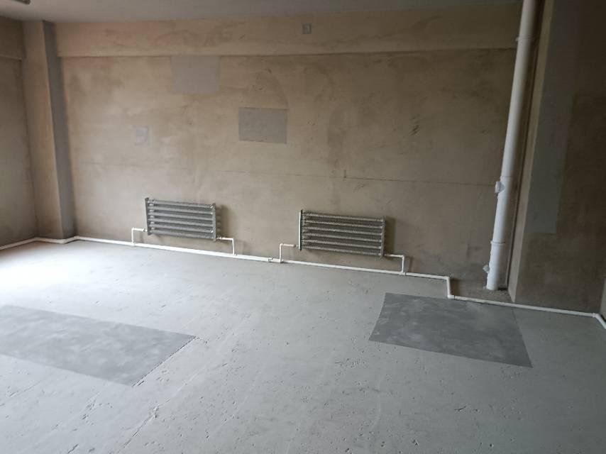 中海景阳公馆(A区商住楼)1室0厅0卫72.6平方1600元/月