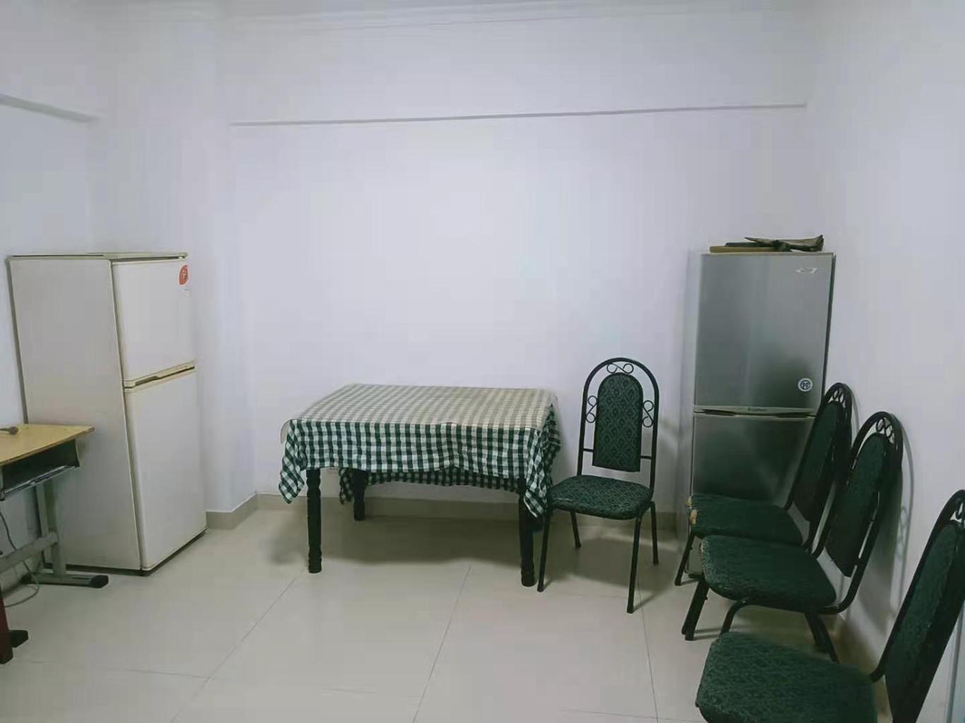 西湖春天2室1厅1卫60.39平方50.00万