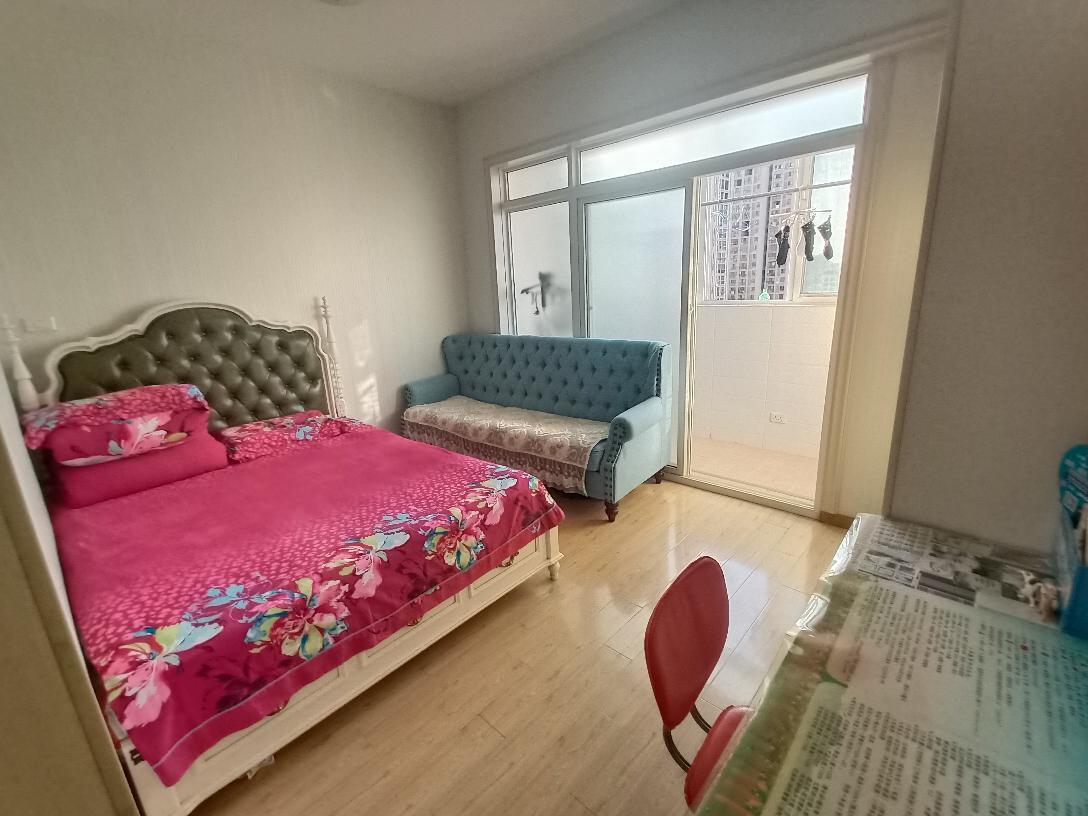 阳光国际城东区1室1厅1卫57平方1000元/月