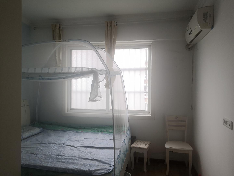 金沃山厦5室2厅2卫162.82平方40.00万