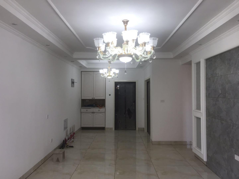 泉山湖香颂小镇N区3室2厅1卫99.74平方74.00万