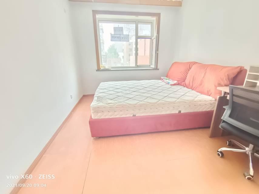 锦江花园五区1室1厅1卫50平方1400元/月